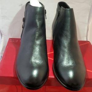 Aerosoes women ankle boot